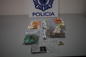 Dos detenidos por tráfico con sustancias estupefacientes