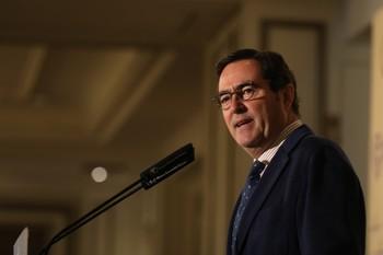Garamendi confirma que la CEOE negociará con el Gobierno