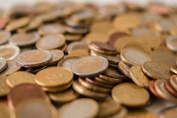 La AIReF cree que la economía caerá hasta un 12,4 % este año