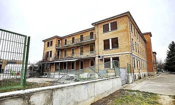 El edificio que albergaba el colegio Carrechiquilla avanza