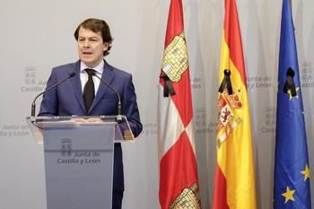 Mañueco apela a la colaboración de todos contra la crisis