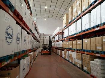 Interior de uno de los almacenes del Banco de Alimentos de La Rioja.