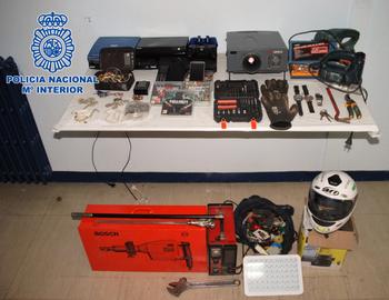 Dos detenidos acusados de 5 robos en Alcázar