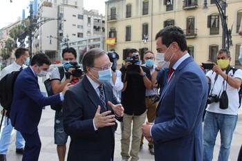 Andalucía estudia la obligación del uso de las mascarillas