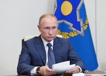 Putin ordena comenzar la próxima semana la vacunación masiva