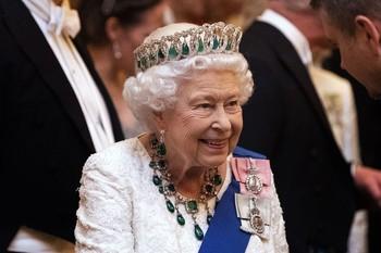 La Reina Isabel se pasa a Instagram