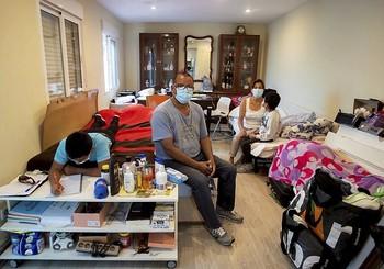 Muchas familias españolas apenas viven en unos escasos 40 metros cuadrados.