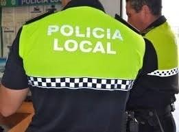 Parte trasera del uniforme de la Policía Local.