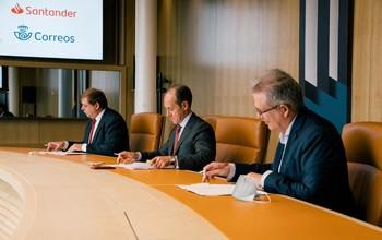 El Santander ofrecerá servicios básicos bancarios en Correos