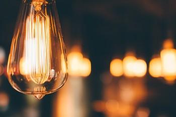 El Gobierno extiende la cobertura del bono social eléctrico