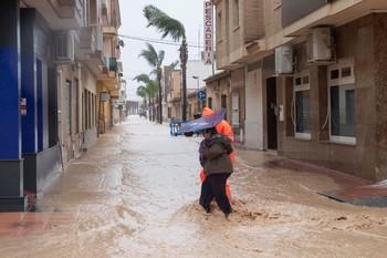 Las fuertes lluvias inundan Murcia