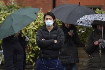 Cinco nuevos casos elevan a 39 los contagios en España