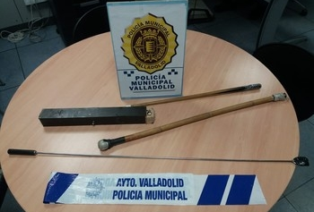 La Policía disuelve una pelea con palos en Arturo Eyries