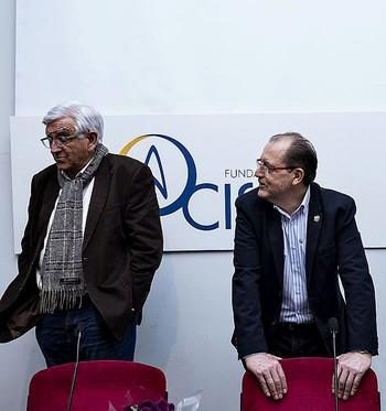 Ibáñez (i.), junto a Fulgencio Villafáfila, presidente de la Fundación CISA.