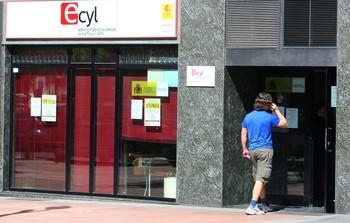 Oficina de empleo en Ponferrada (León).