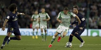 El último duelo antes del parón de la Liga fue en el que el Real Madrid perdió el liderato tras caer derrotado frente al Betis por 2-1.
