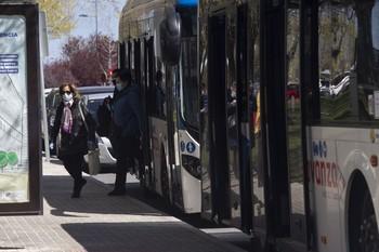 El servicio de bus al hospital suma ya un millar de viajeros