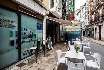 El comercio del centro apoya las protestas de la hostelería