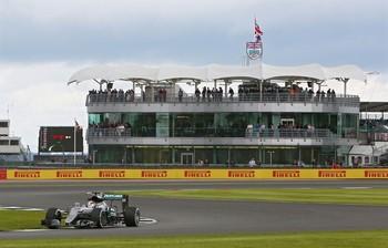 Mercedes rechaza el sistema de calificación ideado por Red Bull