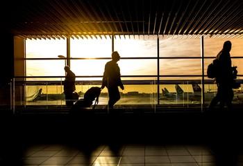 El Gobierno prorroga el cierre de la frontera exterior Schengen