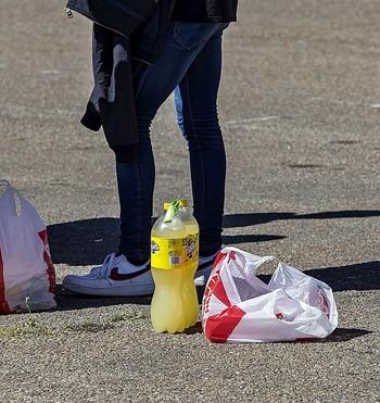 Alcántara denuncia la venta de alcohol a menores
