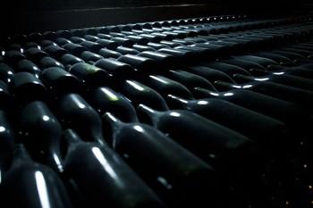 El vino se abona a la crisis