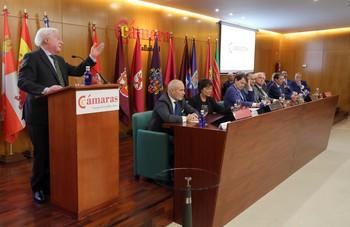 El presidente del Consejo de Cámaras de Castilla y León, Antonio Méndez Pozo, durante una intervención