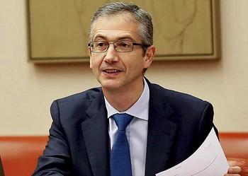 El Banco de España receta menos gasto y subida de impuestos