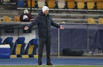 El entrenador blanco, Zinedine Zidane, era la viva imagen de la desolación en el encuentro ante el Shakhtar Donetsk.