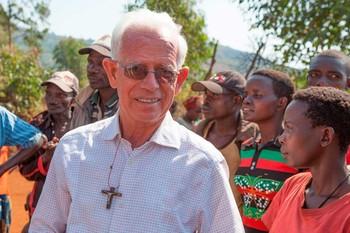 Fallece en Burundi el misionero palentino Germán Arconada