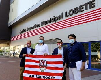 Rrspondables de la UDL, junto a autoridades en Lobete.