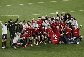 Osasuna celebra la victoria ante el Athletic