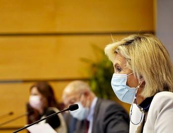 Verónica Casado, en primer plano, junto a Francisco Igea y Carlota Amigo, en la rueda de prensa posterior al Consejo.