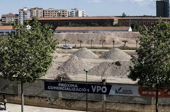 La demolición de los edificios está concluida y el desescombro está a punto de terminar, como se aprecia en esta imagen de ayer por la tarde.
