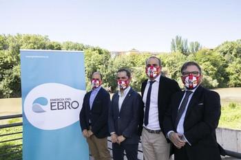 Imagen del acuerdo entre la UDL y Energía del Ebro.