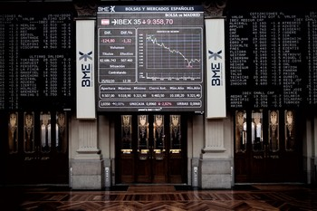 La Bolsa española recupera los 7.000 puntos en la apertura