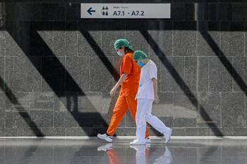 España registra 683 muertes en 24 horas