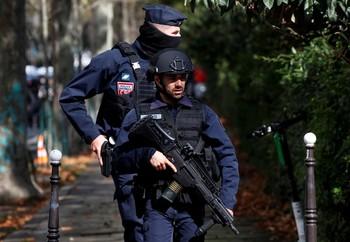 Un ataque con arma blanca en París deja cuatro heridos