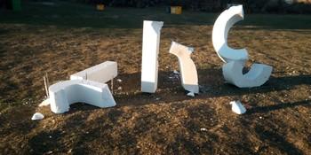 Destrozan las letras de 'Soria' tras el Cross de Valonsadero