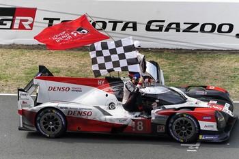 Toyota se impone en las 24 Horas de Le Mans