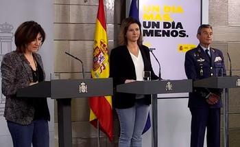 María José Sierra (i), durante la rueda de prensa del Comité de Gestión.