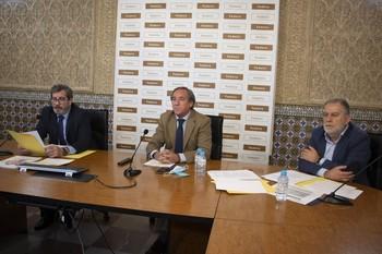 Ángel Nicolás carga contra el gobierno de España