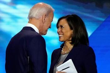 Biden escoge a Kamala Harris como aspirante a la Vicepresidencia