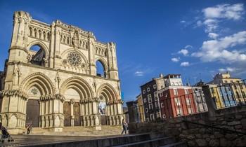 La Catedral y la Plaza Mayor de Cuenca