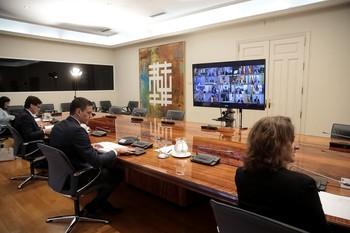 Sánchez isnta a las autonomías a potenciar el turismo nacional