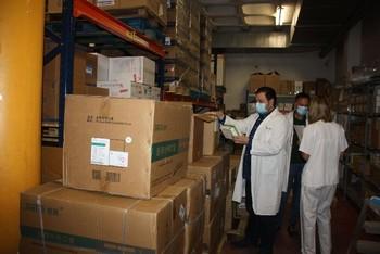 El Área de Salud recibe 22.000 test y más material
