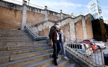 Primer ascensor urbano: Vía Gascos se cuela en el callejero