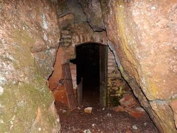 La Guardia Civil rescata a cinco personas de una cueva