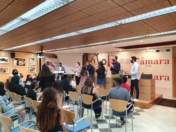 La Cámara clausura tres cursos PICE para jóvenes