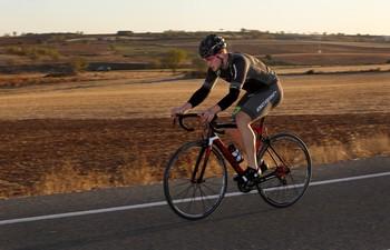 Pepe Moreno, durante un entrenamiento en carretera.